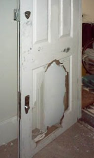 κλειδαρας γλυφαδα 7 τρόποι για να βελτιώσετε την ασφάλεια της μπροστινής σας πόρτας - κούφιες πόρτες